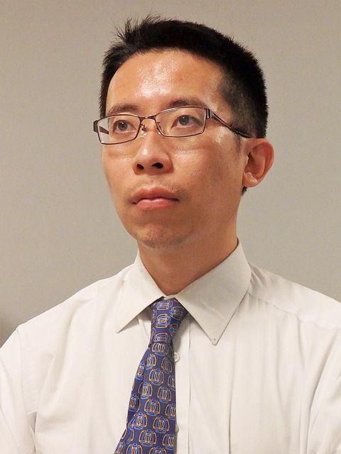 菅野明芳氏