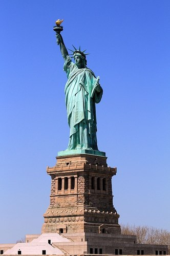 598px-USA-NYC-Statue_of_Liberty.jpg