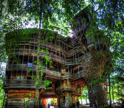 Tennessee treehouse1