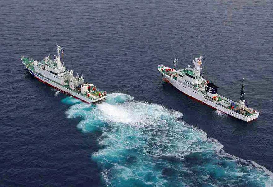 巡視船「おくしり」 曳航訓練-海...
