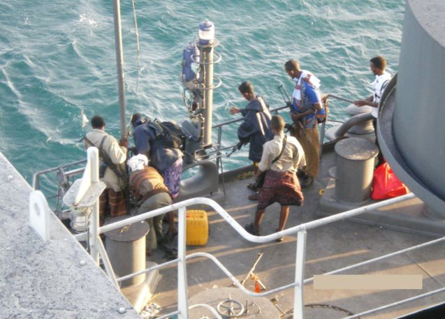 ソマリア海賊問題で緊急報告会 ...