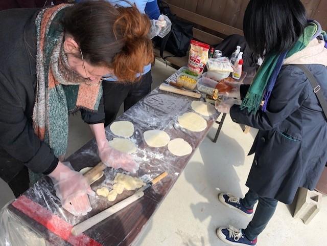 イノシシ 丸焼き
