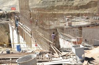 建設中の第3ダム.jpg